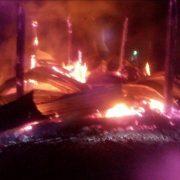 ไฟไหม้ยุ้งฉางข้าวหอมมะลิชาวนา อ.สังขะ จ.สุรินทร์